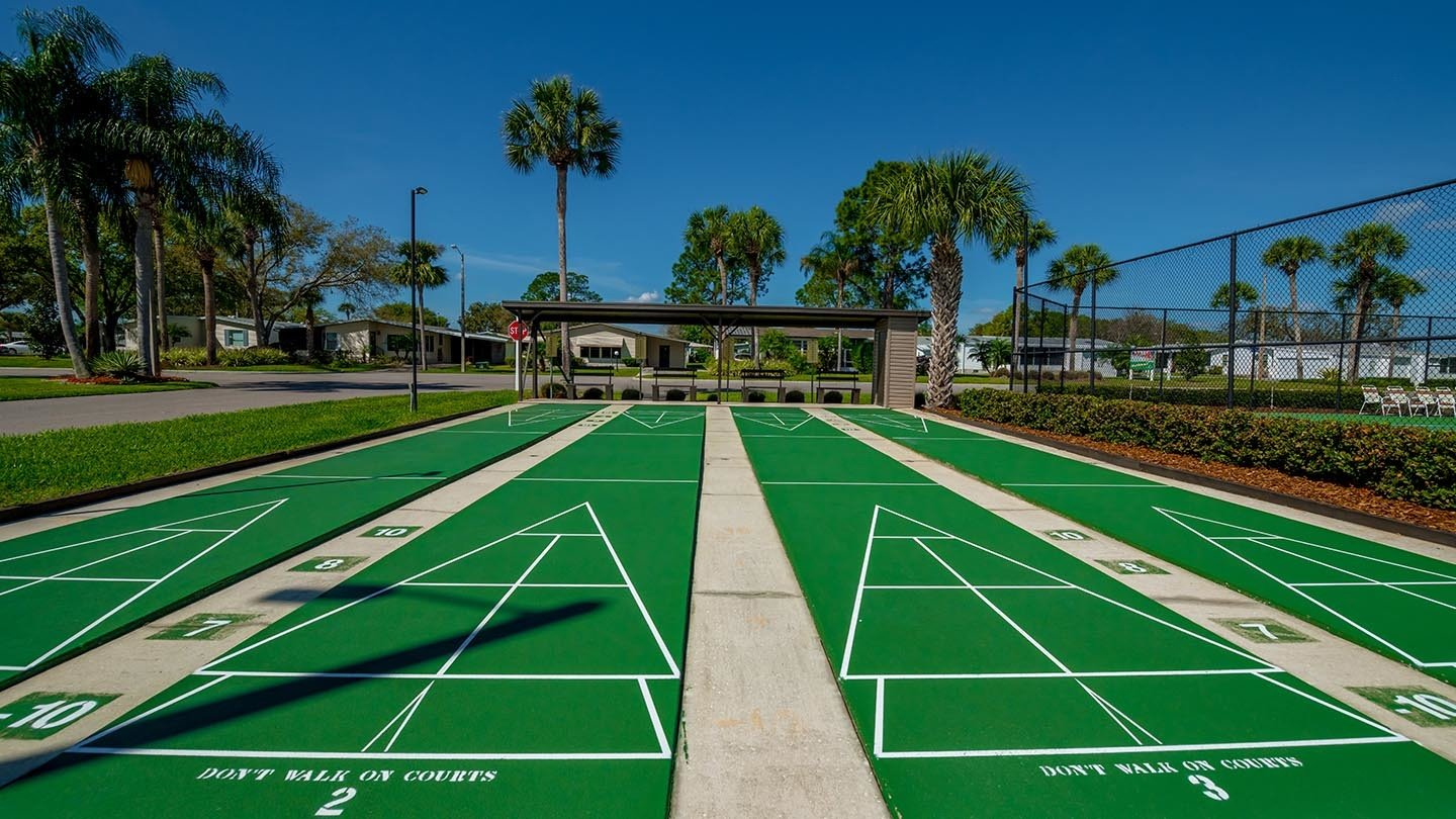 Cypress Greens 55+ Manufactured Homes Community and Golf Course Shuffleboard Courts in Lake Alfred, FL