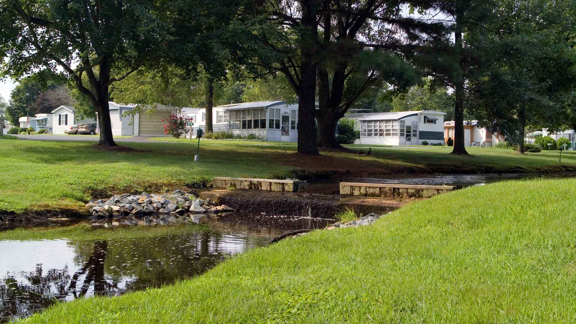 High Point Manufactured Homes Community Waterfall in Frederica, DE
