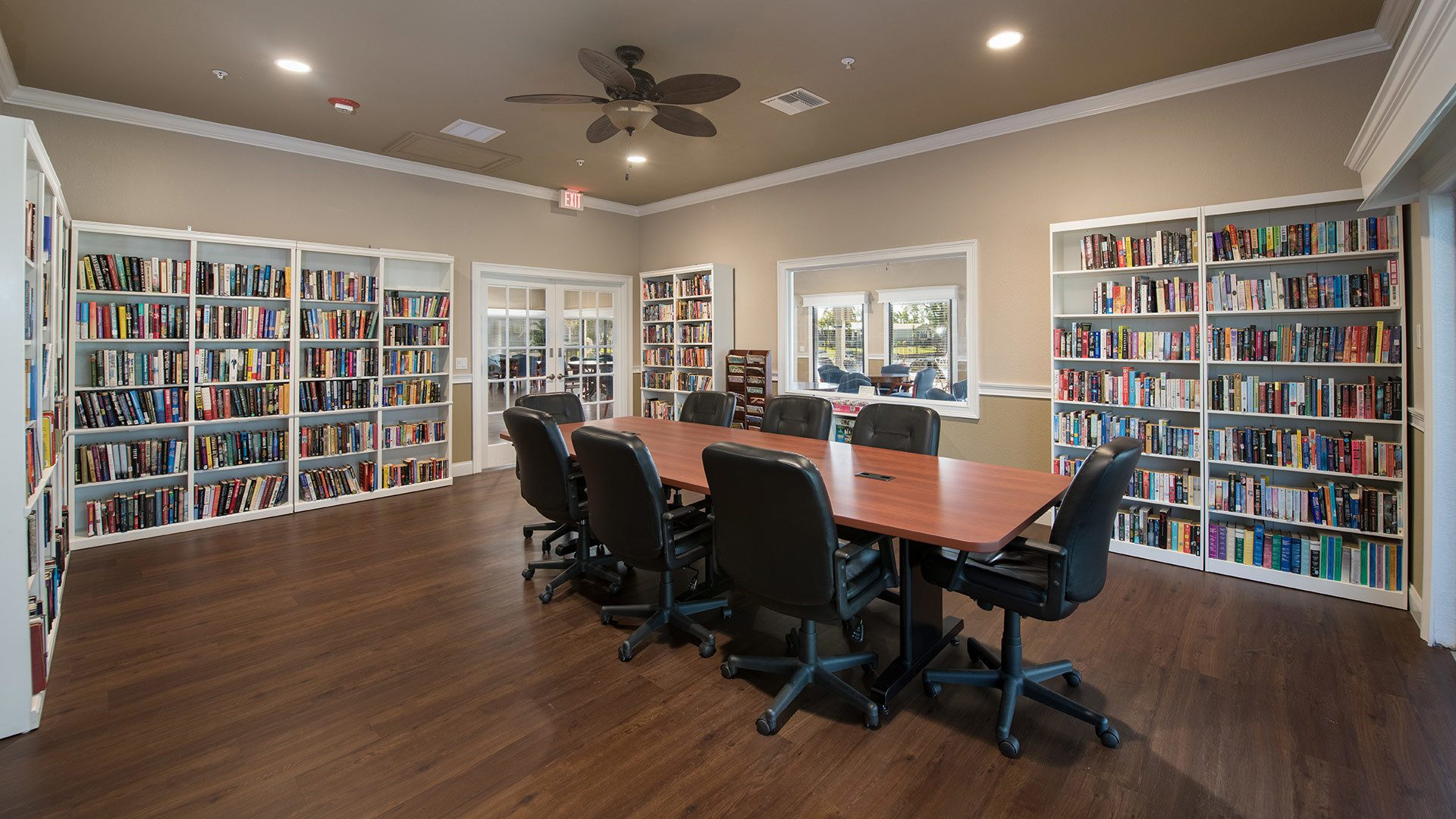 Park Place 55+ Manufactured Homes Community Library in Sebastian, FL