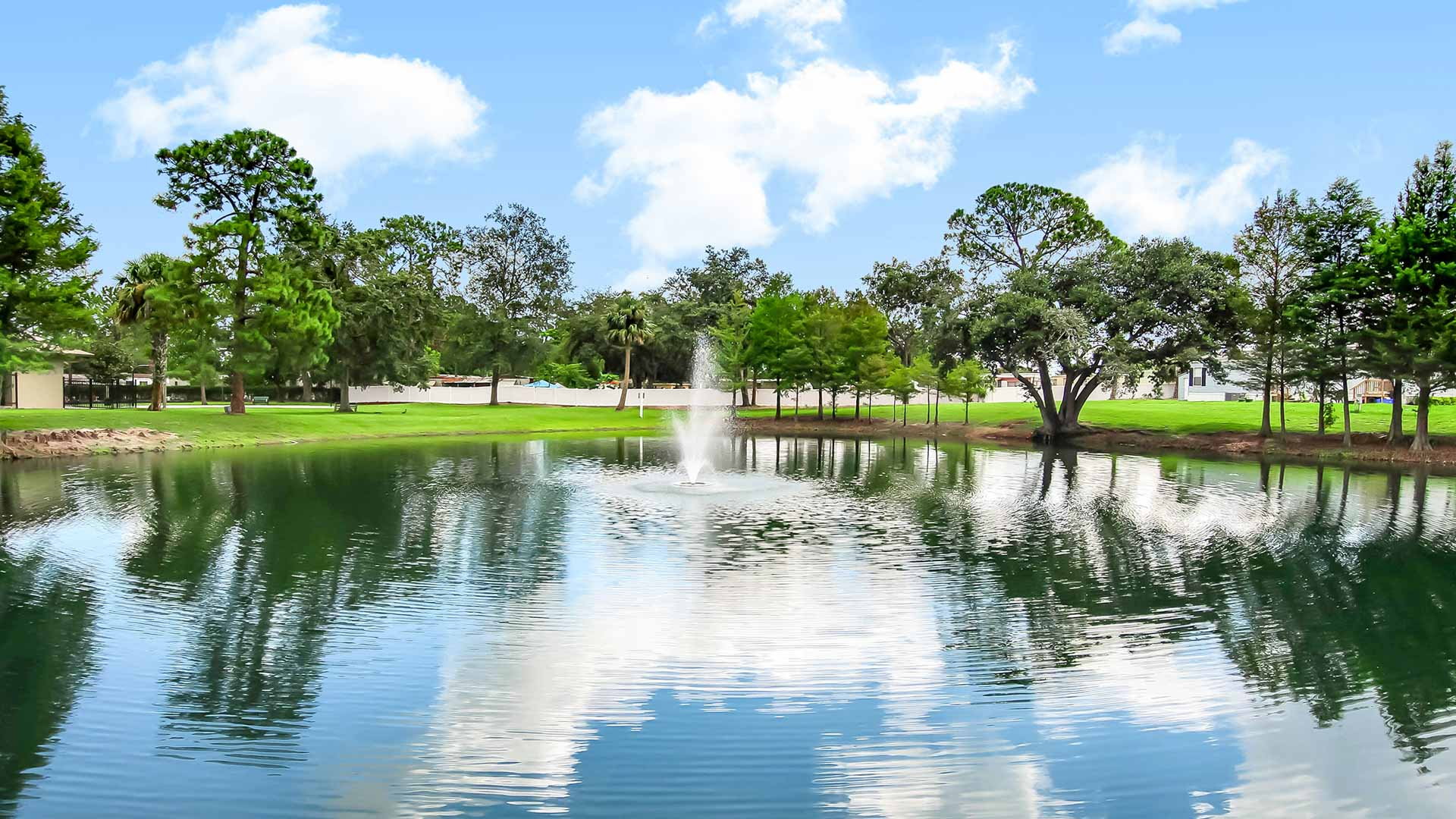 Carriage Cove Manufactured Homes Community Pond in Sanford, FL