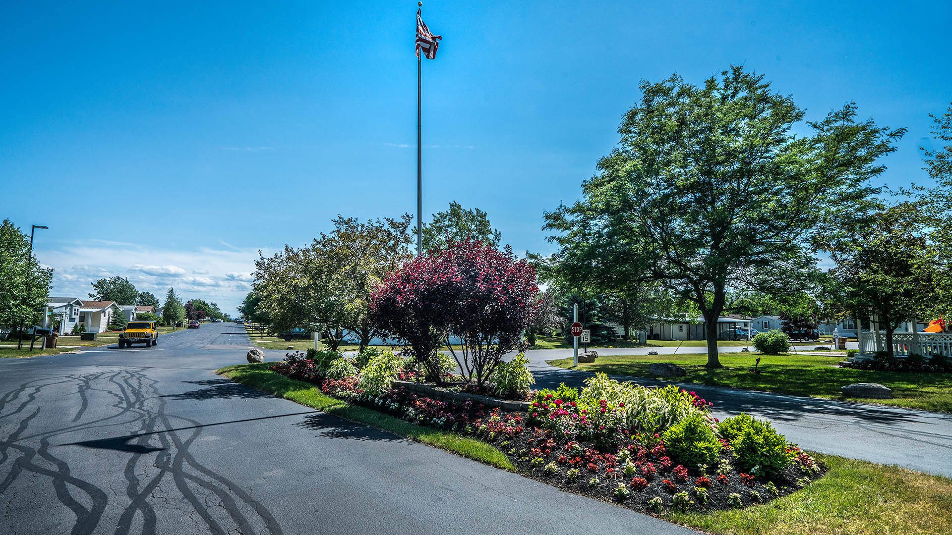 Driveway at Sky Harbor Manufactured Home Community in Buffalo NY