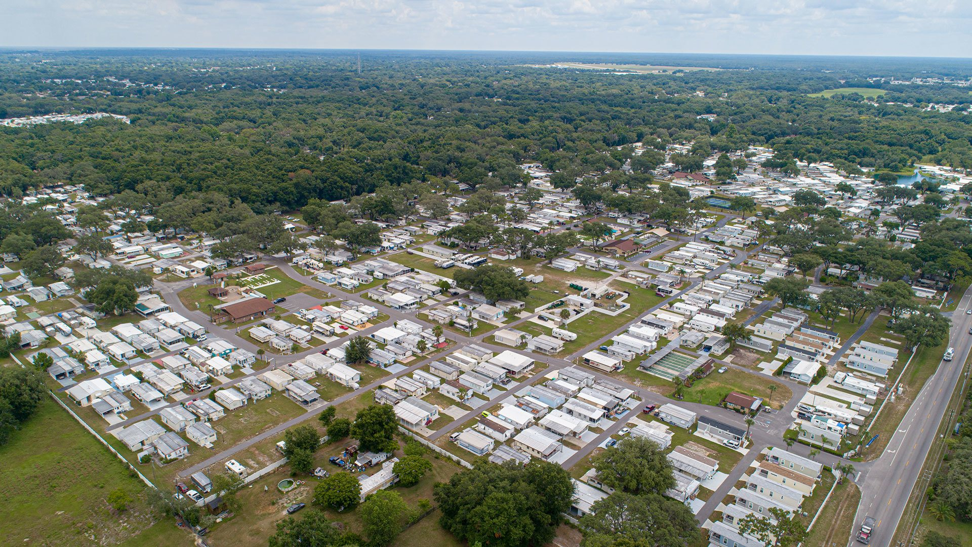 Settler's Rest RV Resort, Vacation Rentals and Manufactured Homes Community Aerial View in Zephyrhills, FL