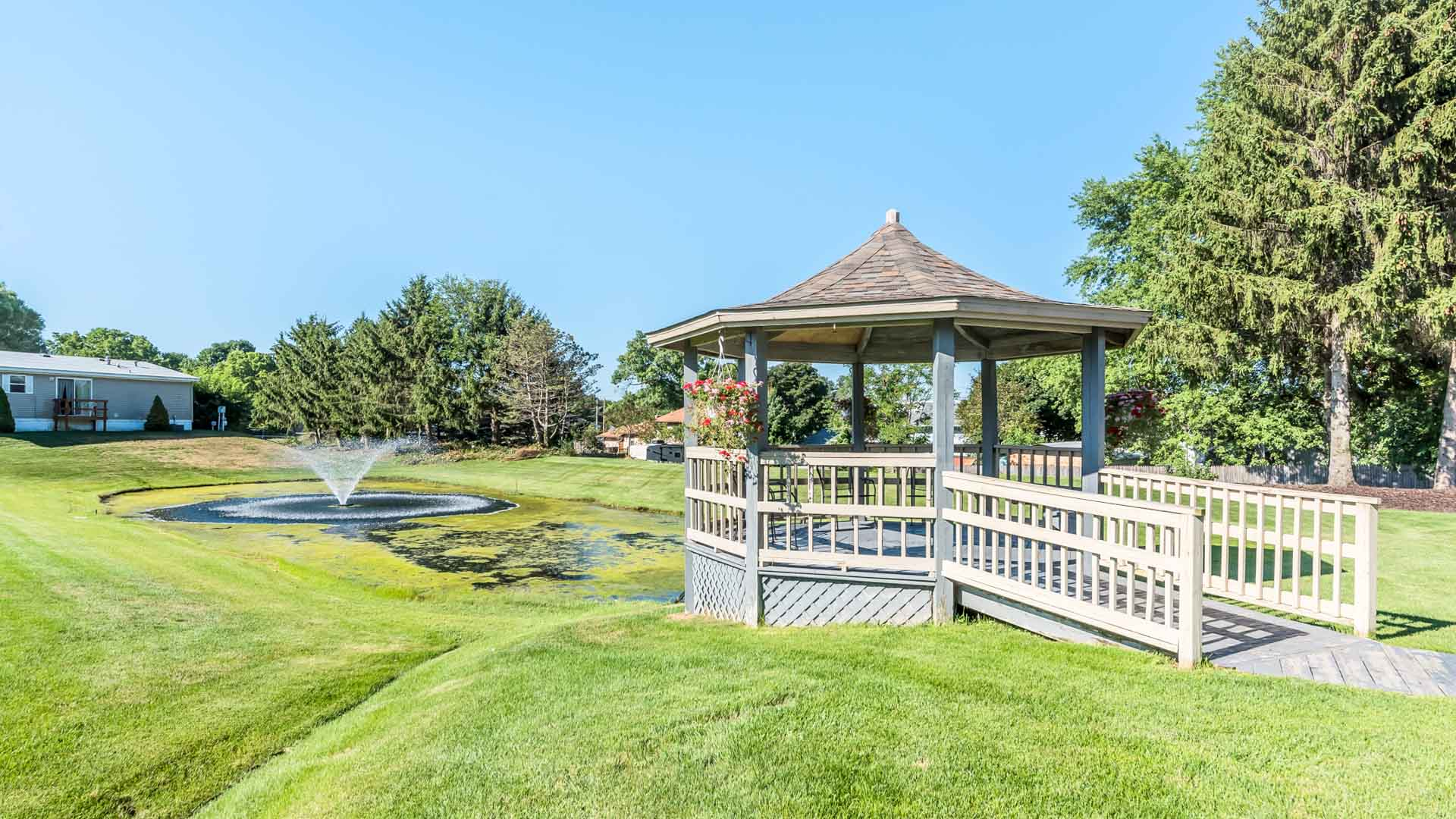 Cider Mill Village Manufactured Homes Community Pond and Gazebo in Middleville, MI