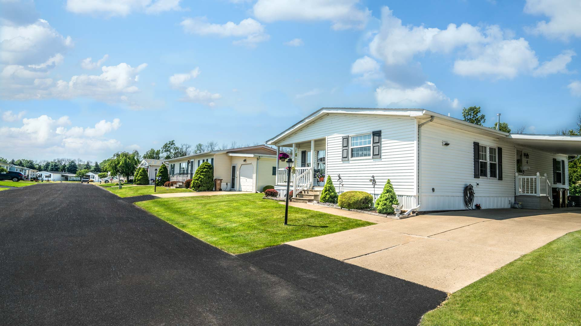 Parkside Village 55+ Manufactured Homes Community Street View in Buffalo, NY