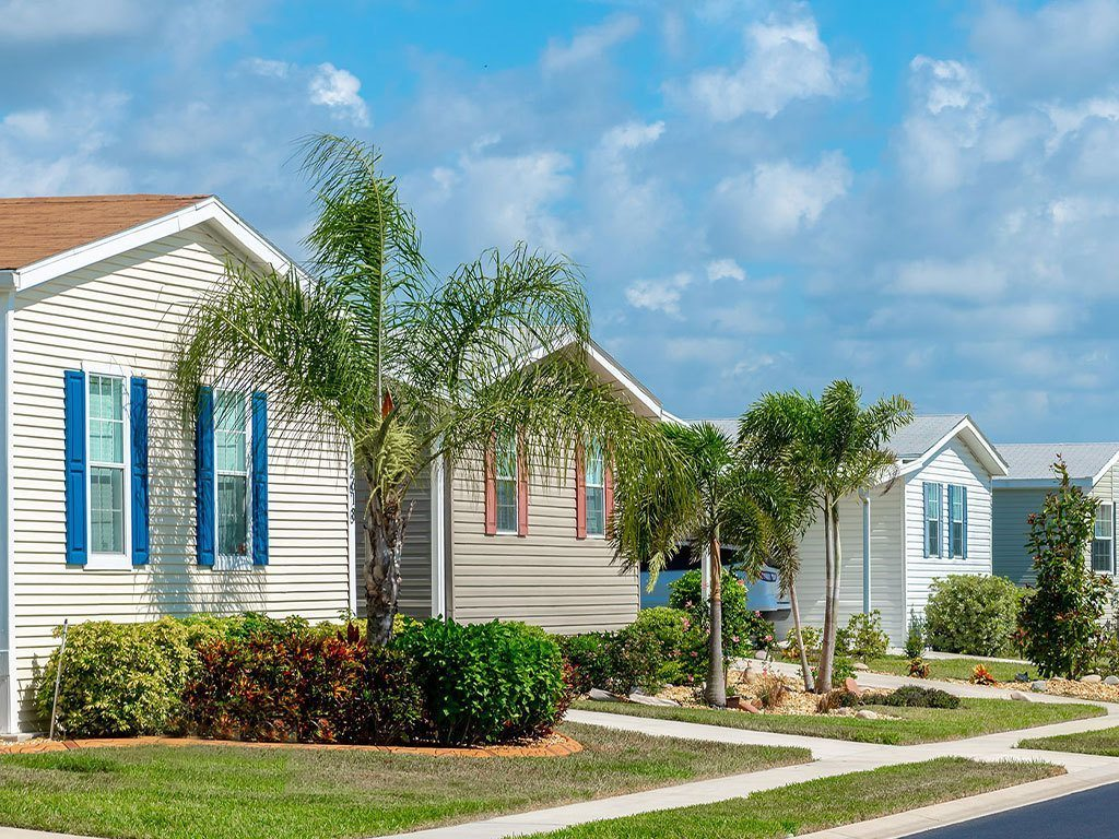 Relocate a Sun Communities Manufactured Home Hero